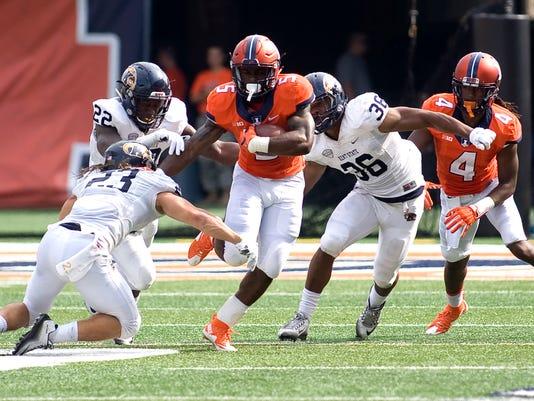 NCAA Football: Kent State at Illinois