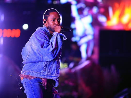 Kendrick Lamar performs with SZA during the 2018 Coachella