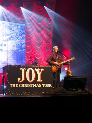 Steven Curtis Chapman performs to support A Montgomery Family Christmas.