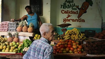 Cuba open to U.S. business but not everyday Americans