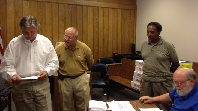 Autauga election officials count provisional ballots