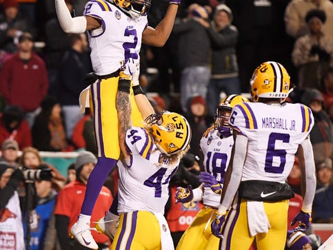 LSU could have Happy New Year bowl with 10-2 finish, possibly at Fiesta Bowl in Arizona