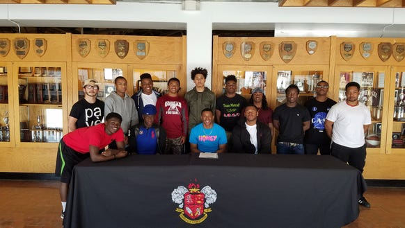 Asheville High senior Makaius Brewer has signed to