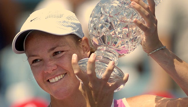 Number one seed Lindsay Davenport took 67 minutes to pour on a 6-3, 6-2 lashing of No. 2 seed Vera Zvonareva and capture the Western & Southern Financial Corporation Women's Open at the Lindner Family Tennis Center in Mason.