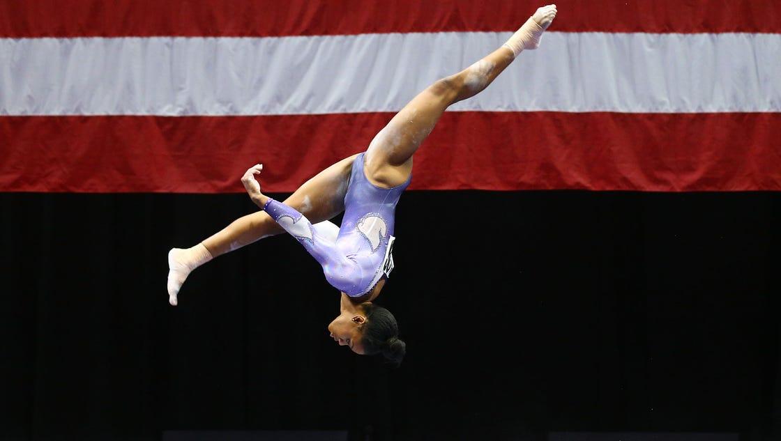 Martha Karolyi unwavered by Gabby Douglas' performance at U.S. championships