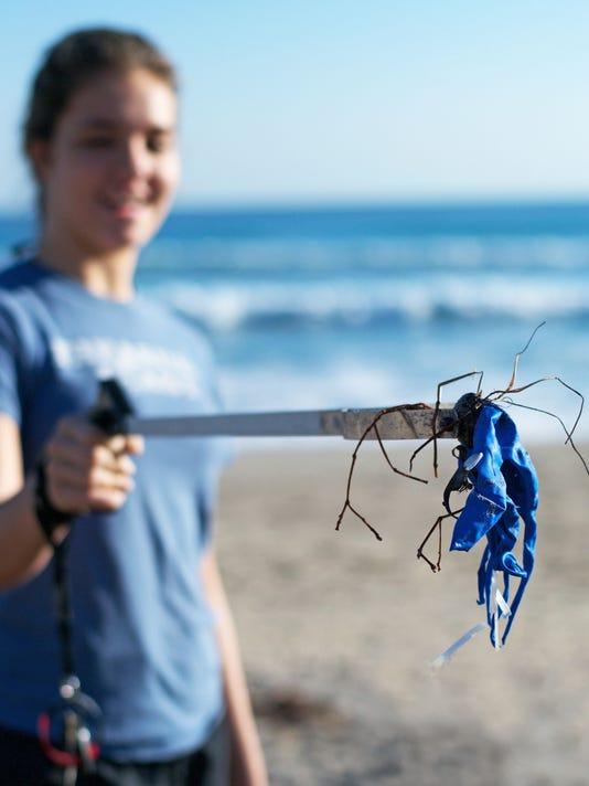 0209-JCNW-Balloon-at-LMC-January-Beach-Cleanup.jpg