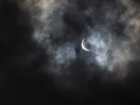 The eclipse seen from the Lower Hamburg Bend Wildlife