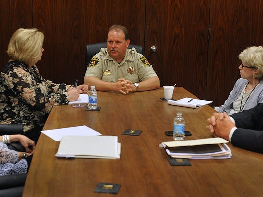 Sheriff w Editorial Board