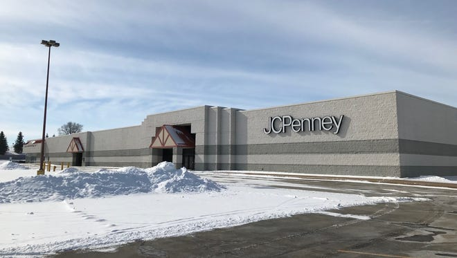 Oshkosh's former J.C. Penney store is set to become a self-storage facility after sitting vacant since 2015.