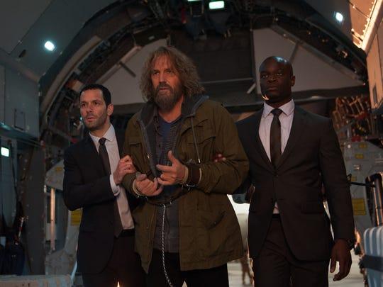 Kevin Costner, pre-brain operation, in 'Criminal.'