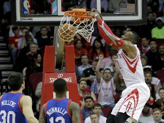 76ers_Rockets_Basketb_Schu.jpg