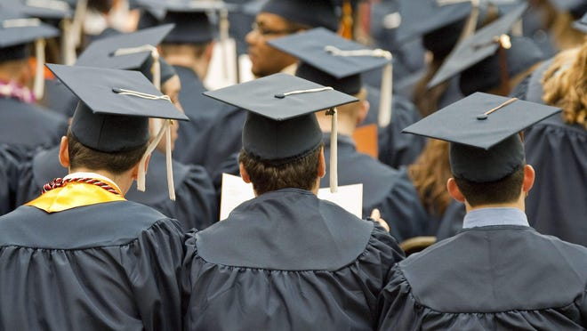 Mississippi students prepare to graduate.