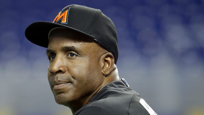 Miami Marlins hitting coach Barry Bonds watches batting practice before a baseball game against the New York Mets, Saturday, July 23, 2016, in Miami. (AP Photo/Lynne Sladky) ORG XMIT: OTK