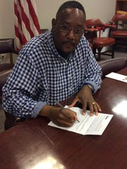 Steven Washington has filed as an Independent candidate for Wilmington mayor.