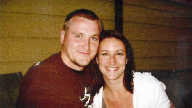 Jennifer Ann Gotts and Benjamin Victor Lamb of Livonia will marry in May.