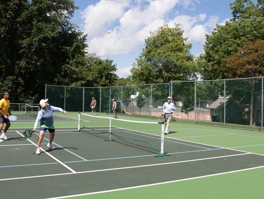 New courts will be built at Lakeside for pickleball,