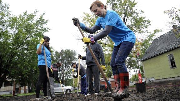 Urban farms flourish, but neighbors feel growing pains
