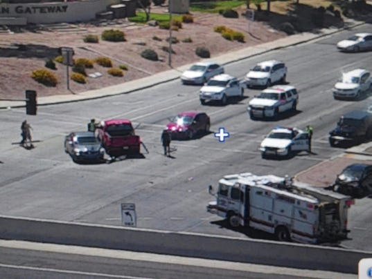 5 hurt in 5 vehicle crash in chandler for Department of motor vehicles chandler arizona