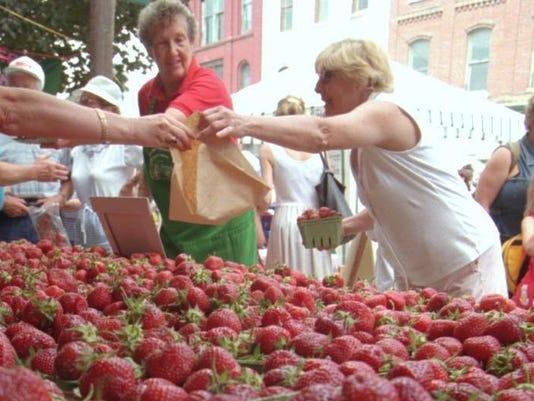 <berries>