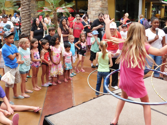 Summer Splash at Desert Ridge Marketplace 2016