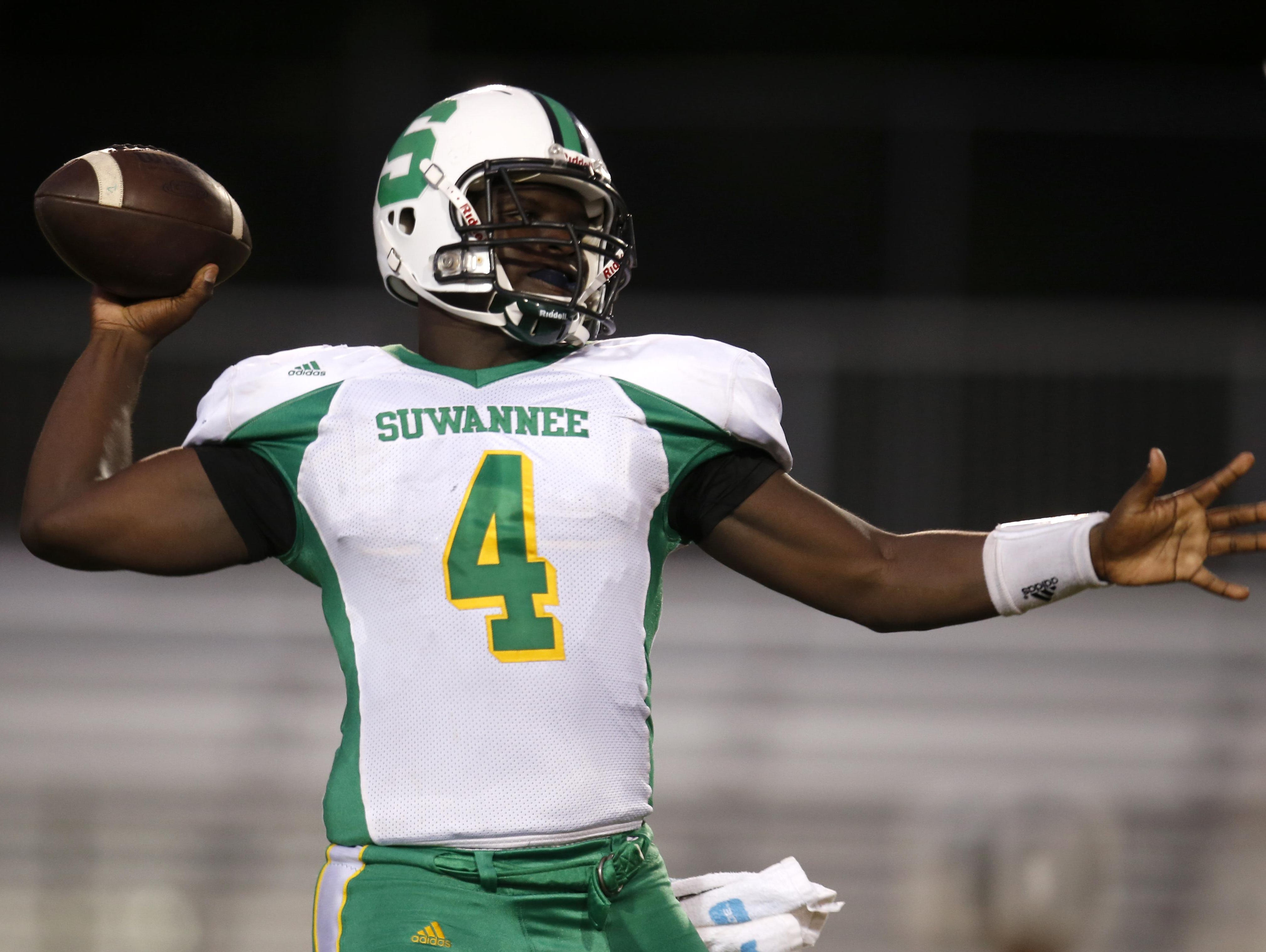 Suwannee's Steven Anderson throws the ball against Leon during their game at Cox Stadium in the preseason.