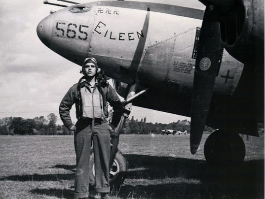 BobRobertMilliken1944-afterthreekillss.jpg