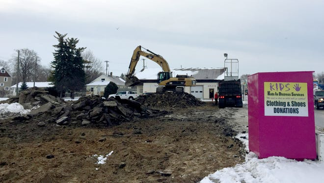 Site work is being done at a former car wash on 24th Street in Port Huron Friday. Plans for a new strip mall have been submitted to the city.