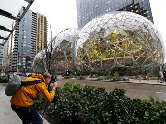 AP AMAZON SPHERES A F USA WA