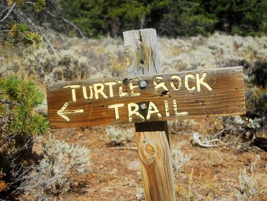 636118752548437833-vedauwoo.trail.sign.JPG