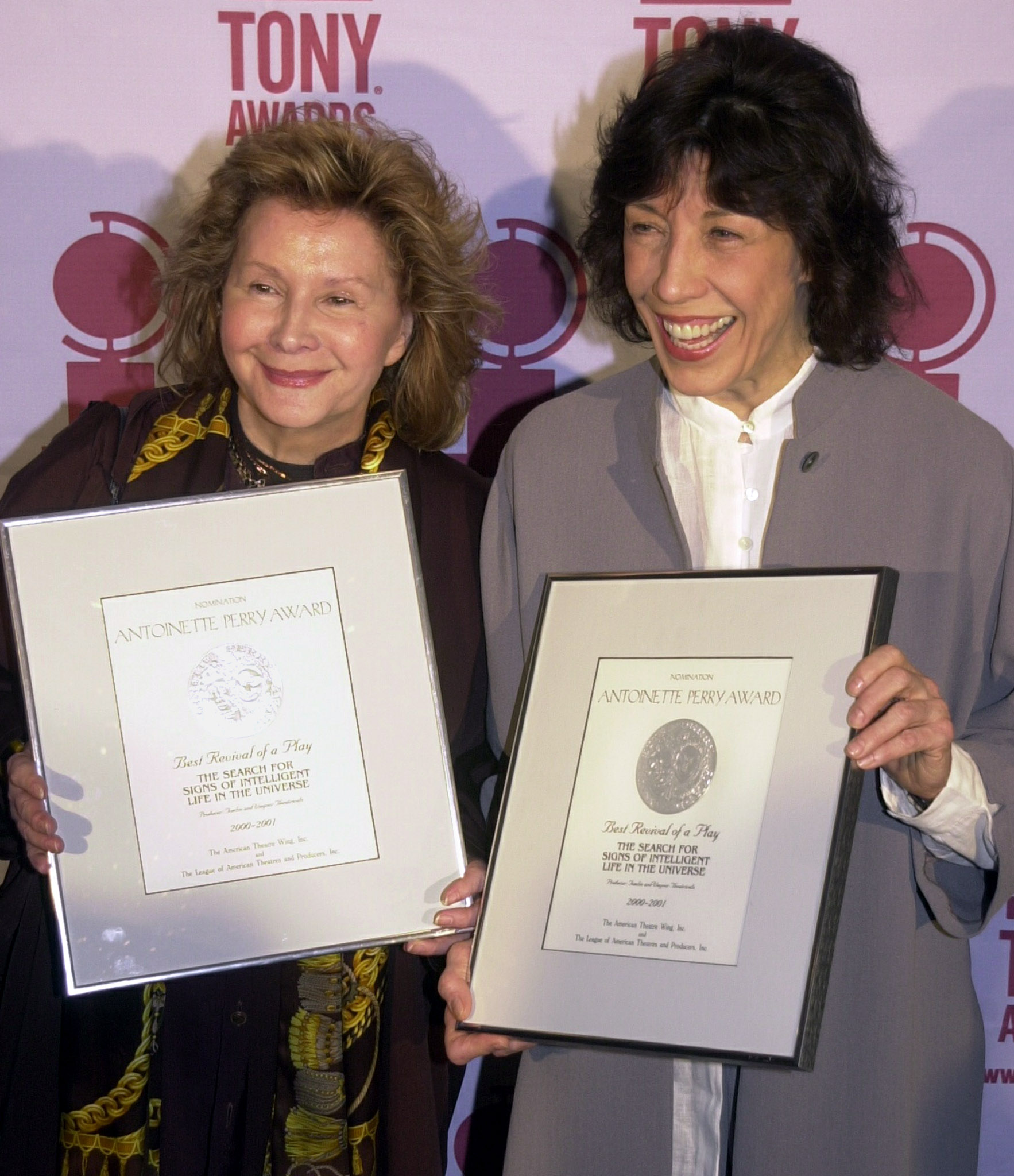 Lily Tomlin and Partner Honored by Carol Channing in Palm Springs ...