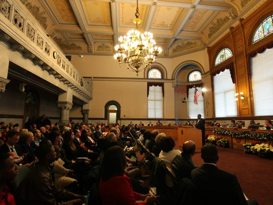 635806063071909282-CINBrd-11-03-2012-Enquirer-1-A013--2012-11-02-IMG-city-council07.JPG-1-1-8H2LCQ3S-IMG-city-council07.JPG-1-1-8H2LCQ3S
