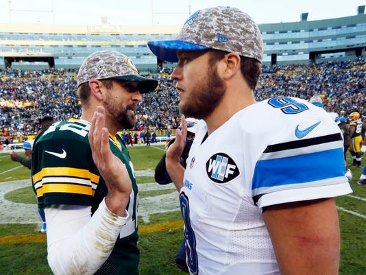 636161836040953961-AP-Rodgers-Stafford-Football.jpg