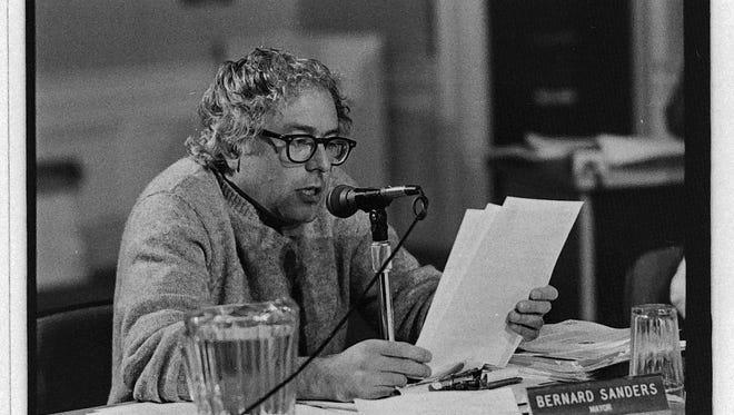 Burlington Mayor Bernie Sanders at a Board of Aldermen meeting on October 17, 1983.