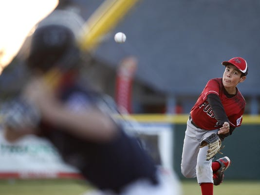 SECONDARY pitcher