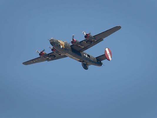 WWII-Plane-Show-4.JPG