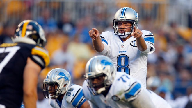 Dan Orlovsky #8 of the Detroit Lions directs the offense during the game against the Pittsburgh Steelers on August 12, 2016 at Heinz Field in Pittsburgh, Pennsylvania.