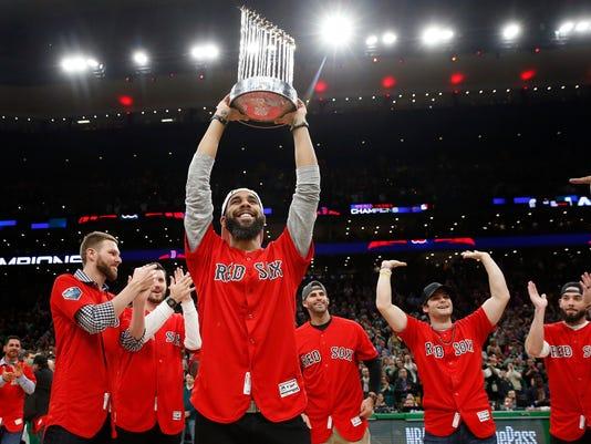 Bucks_Celtics_Basketball_36569.jpg