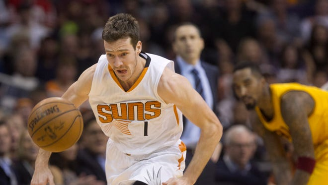 Suns guard Goran Dragic offered more clarity on his preference to leave the team via trade or as a free agent.