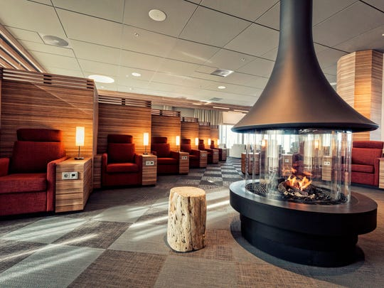 The Saga Lounge at KEF offers indulgences that go above and beyond