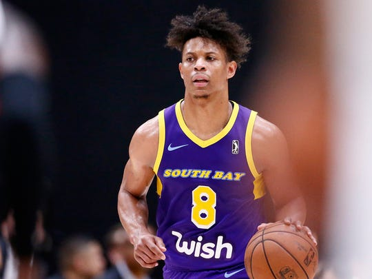 LOS ANGELES, CA - MARCH 7: Scott Machado (8) of the South Bay Lakers brings the ball up court during a game on March 07, 2019 at the UCLA Health Training Center, in El Segundo, California. NOTE TO USER: User expressly acknowledges and agrees that, by downloading and/or using this Photograph, user is consenting to the terms and conditions of the Getty Images License Agreement. Mandatory Copyright Notice: Copyright 2019 NBAE (Photo by Chris Elise/NBAE via Getty Images)