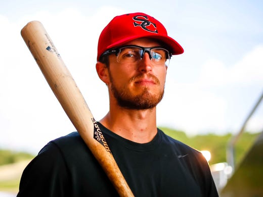 Former top Cubs prospect barely hanging on in western Iowa