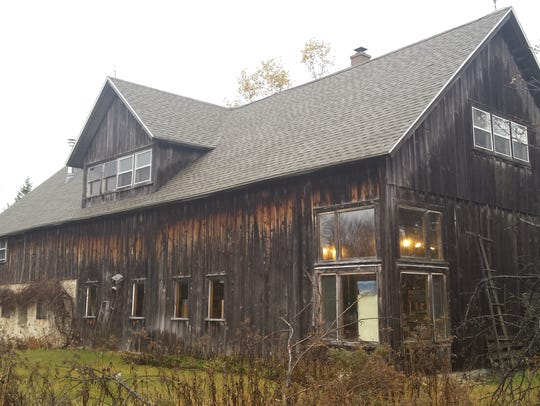 This barn listed on the National Register of Historic