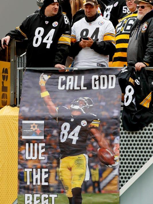 Browns_Steelers_Football_16961.jpg