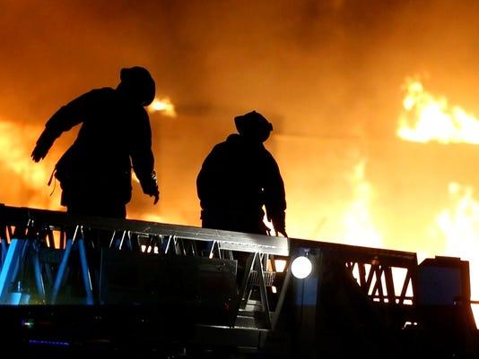 5-alarm blaze in Gilbert