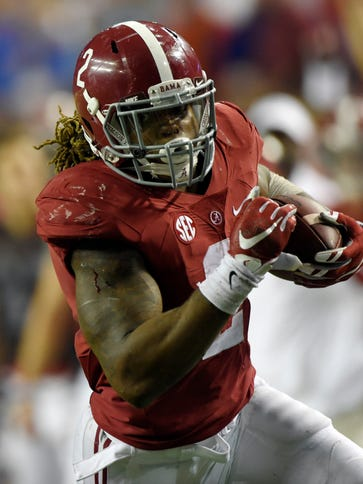 Alabama Crimson Tide running back Derrick Henry (2)