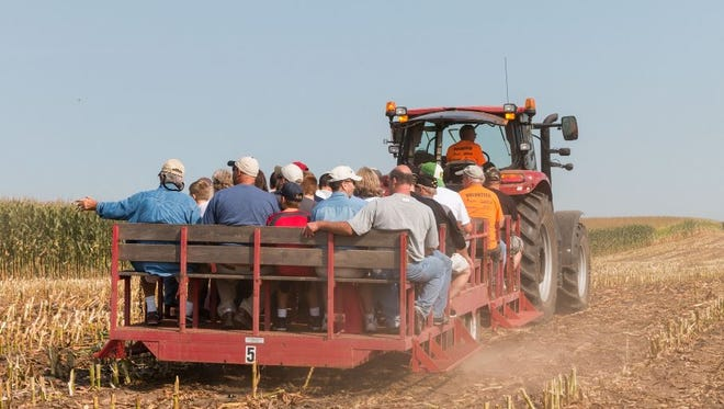 UW-Madison College of Agricultural and Life Sciences researchers and UW-Extension specialists will host five tours scheduled during the Agronomy/Soils Field Day on Aug. 31.