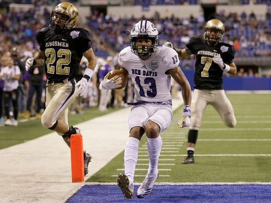 Ben Davis Giants Broc Thompson (13) scores a touchdown