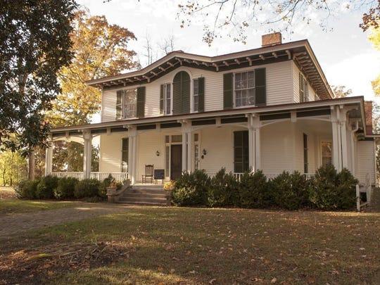 Mabry-Hazen House, 1711 Dandridge Ave.