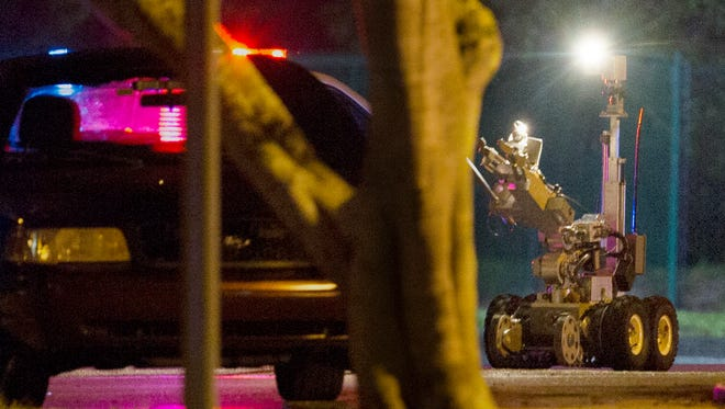 Lee County sheriff's deputies respond to a bomb threat at SalusCare on Colonial Boulevard Wednesday night.