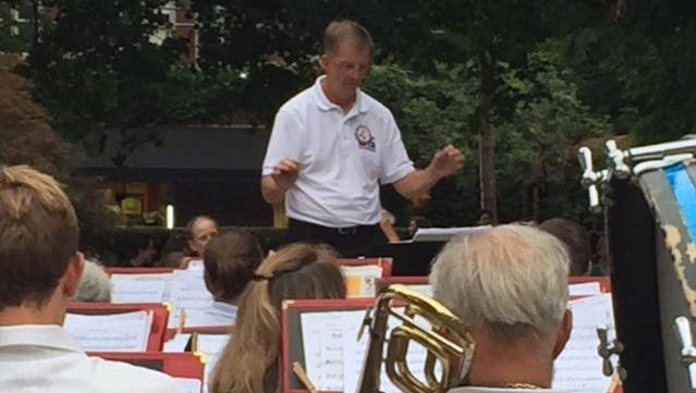 The Ithaca Concert Band will wrap up its 40th anniversary celebrations with a holiday concert Friday at Ford Hall on the Ithaca College campus.